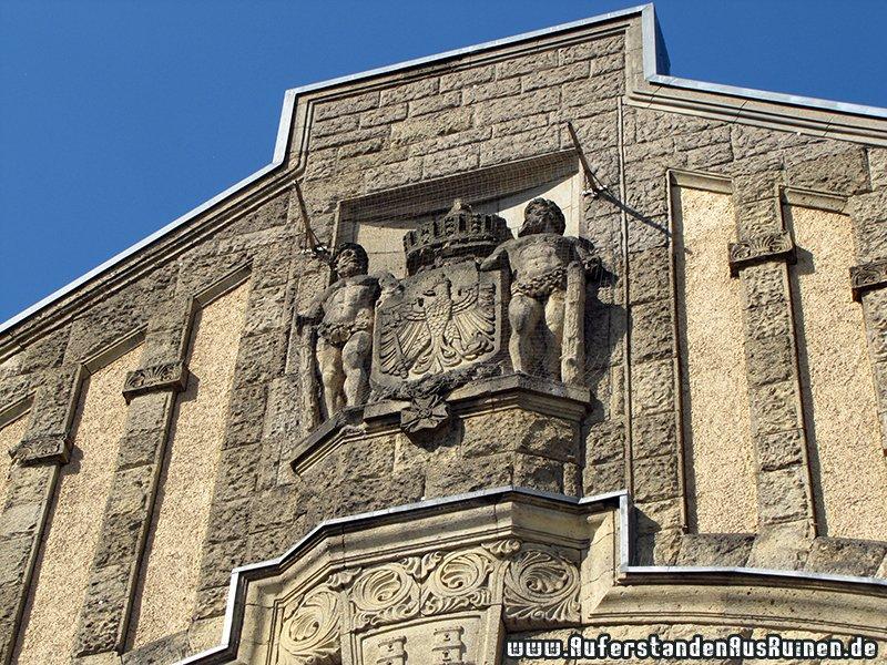 http://www.auferstandenausruinen.de/wp/wp-content/gallery/bunker-hbf-bielefeld/img_0828.jpg