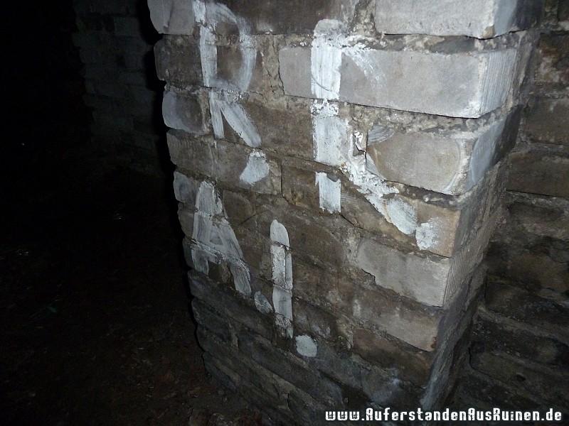 http://www.auferstandenausruinen.de/wp/wp-content/gallery/bunker-s/p1120988.jpg