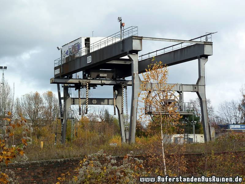 http://www.auferstandenausruinen.de/wp/wp-content/gallery/containerbahnhof/p1070034.jpg