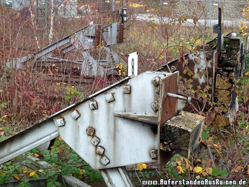 http://www.auferstandenausruinen.de/wp/wp-content/gallery/containerbahnhof/p1070058.jpg