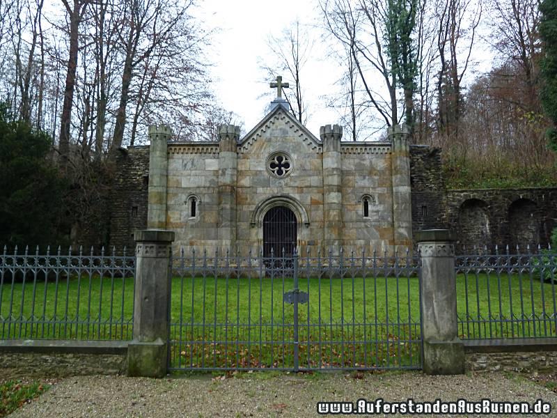 http://www.auferstandenausruinen.de/wp/wp-content/gallery/furstliches-mausoleum/p1070343.jpg