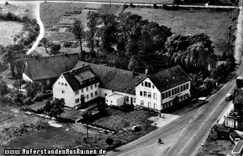 http://www.auferstandenausruinen.de/wp/wp-content/gallery/hotel-und-restaurant-geschichte/5.jpg