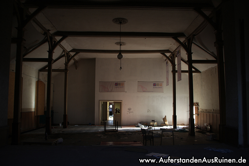 http://www.auferstandenausruinen.de/wp/wp-content/gallery/hotel-und-restaurant-innenansichten/IMG_3842.JPG