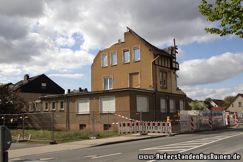 http://www.auferstandenausruinen.de/wp/wp-content/gallery/krug-l-das-ende/IMG_9653.JPG