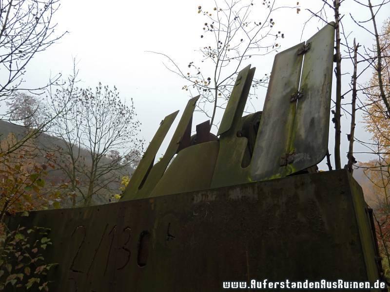 https://www.auferstandenausruinen.de/wp/wp-content/gallery/m16-flakpanzer_1/p1060770.jpg