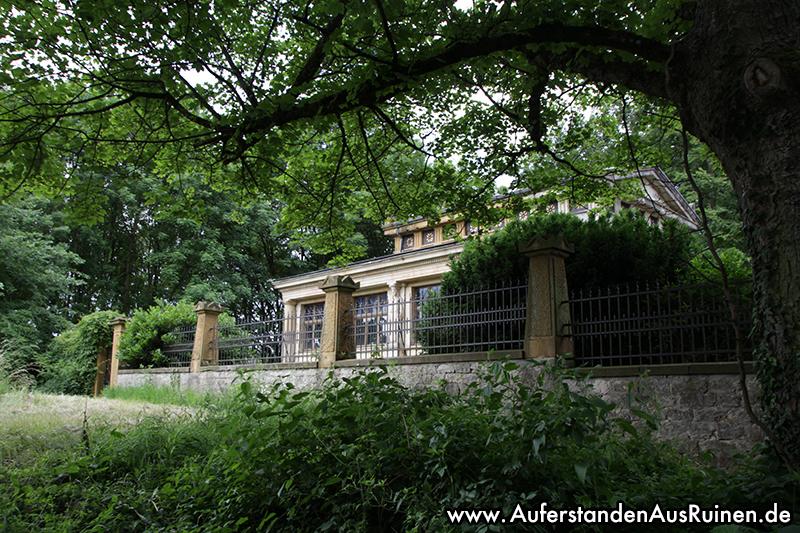 http://www.auferstandenausruinen.de/wp/wp-content/gallery/mausoleum-2017/IMG_0037.JPG