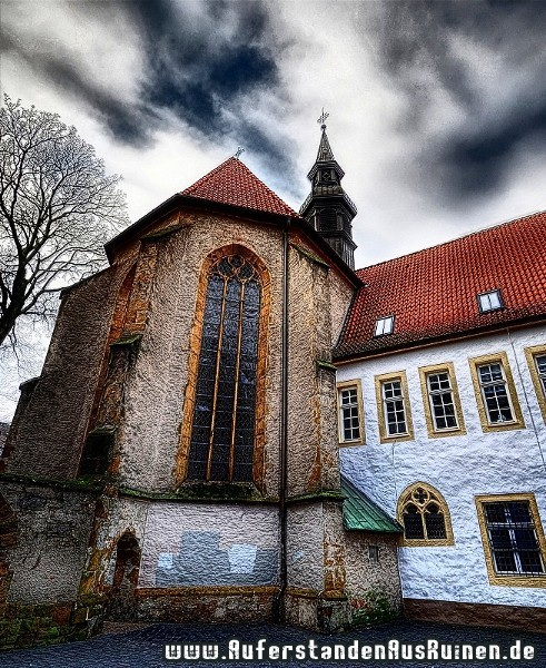 http://www.auferstandenausruinen.de/wp/wp-content/gallery/projekt-stadtarchiv-hdrs/kirche-6.jpg