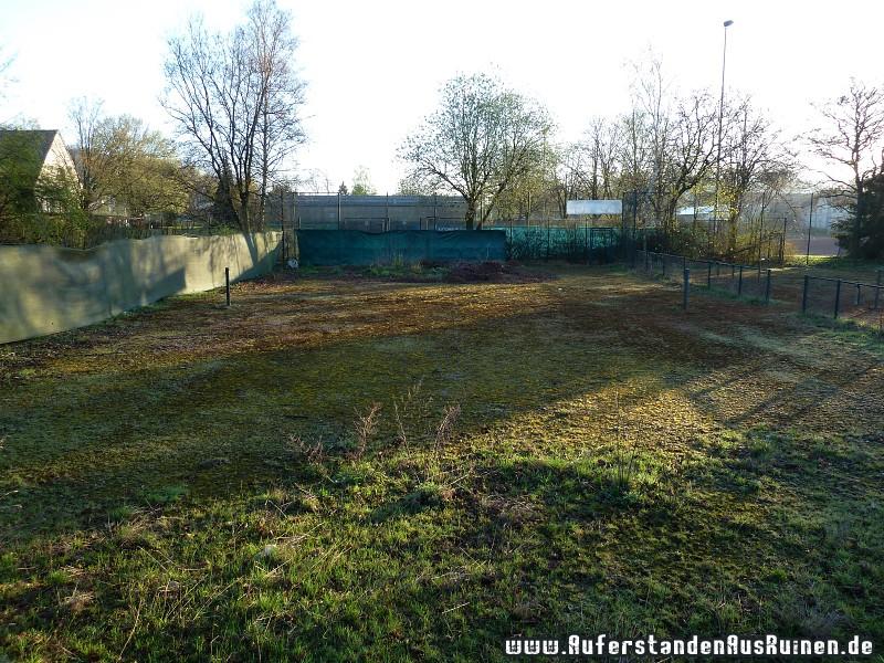 http://www.auferstandenausruinen.de/wp/wp-content/gallery/tennisplatz/p1020231.jpg