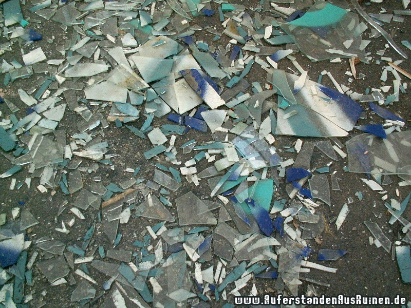 http://www.auferstandenausruinen.de/wp/wp-content/gallery/unterwasserpumpenfabrik/unterwassepumpenwerk79.jpg