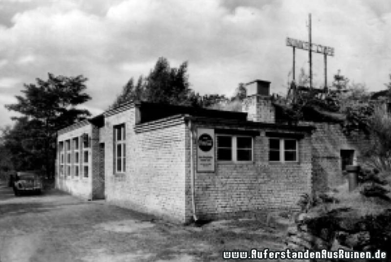 https://www.auferstandenausruinen.de/wp/wp-content/gallery/wehrmachtsdepot-bunker-cafe/bunker-cafe.jpg