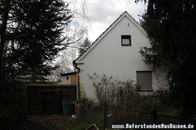 http://www.auferstandenausruinen.de/wp/wp-content/gallery/wohnhaus-brunnen/IMG_3315.JPG
